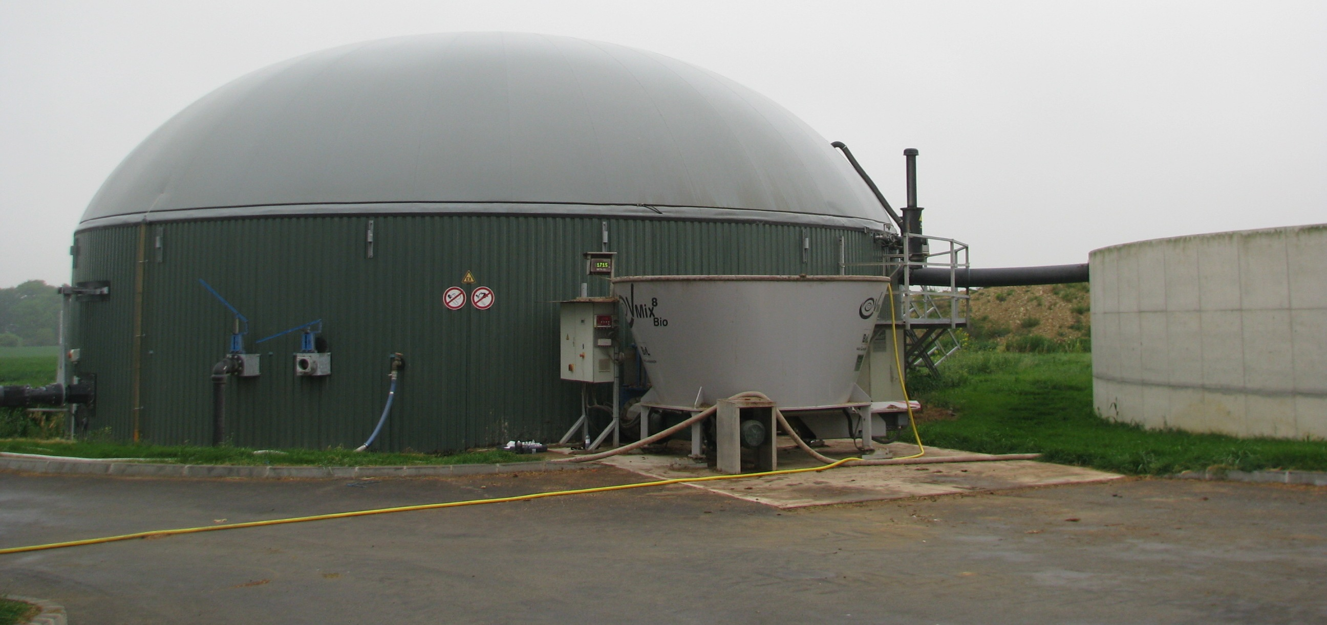 liquid methane unit in Ile-et-Vilaine. Source : www.aile.asso.fr